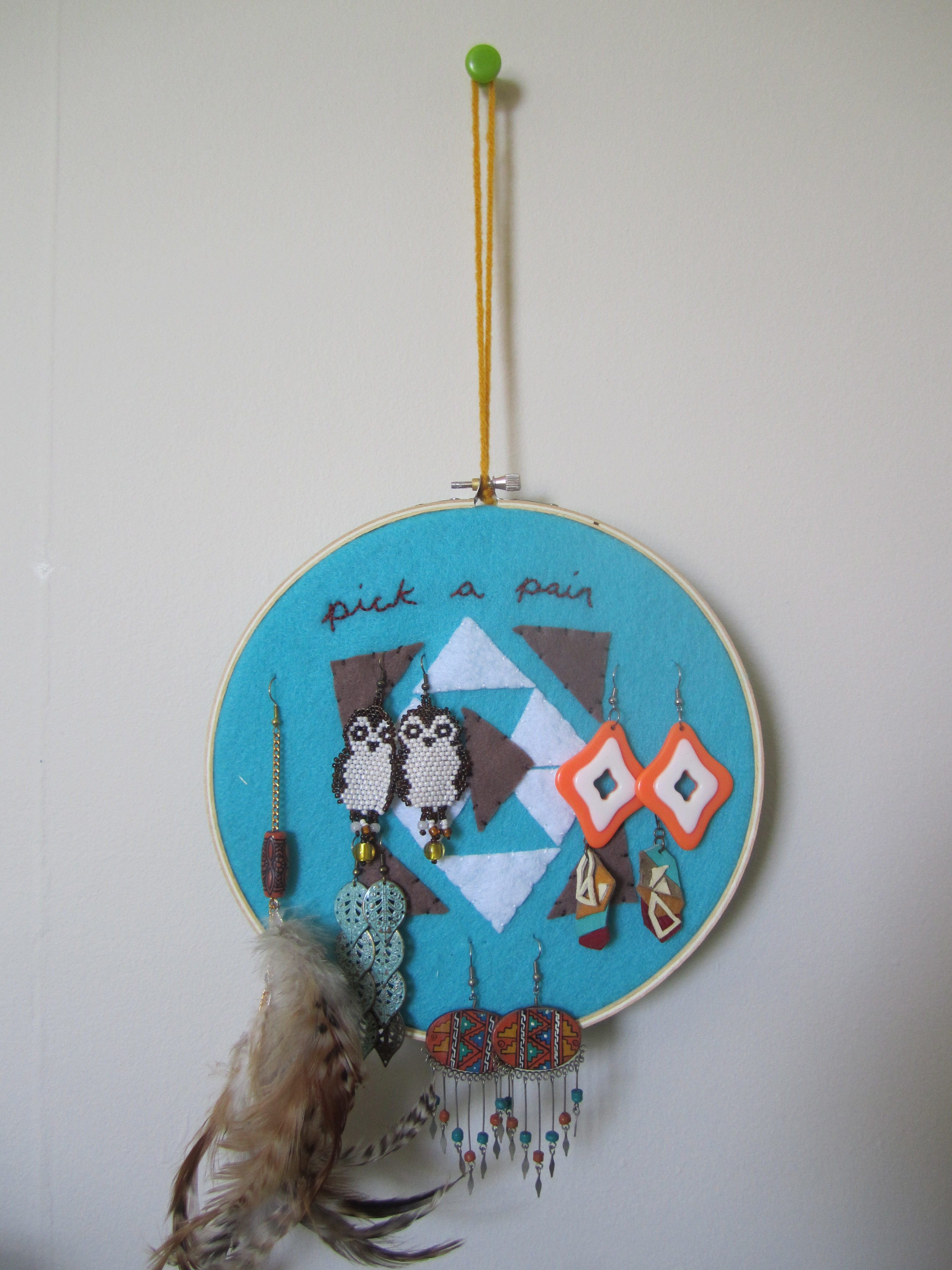 Things To Do With Embroidery Hoops Earring Holder | Too Crewel.